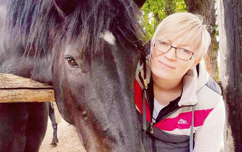 Simona Nagy (Kmetija): »V zadnjem tednu sem imela domotožje.« (foto: POP TV, Simona Nagy osebni arhiv)