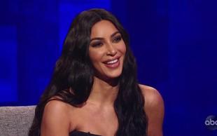 Kim Kardashian z oboževalci delila družinske božične fotografije