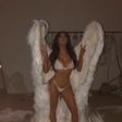 Razgaljene Kardashianke so se sprehodile v kostumih angelčkov