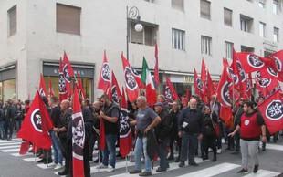 Shoda v Trstu, kjer so se zbrali neofašisti in antifašisti, sta minila brez izgredov