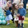 Kate Middleton princa Georga in princeso Charlotte ves čas oblači v ista oblačila