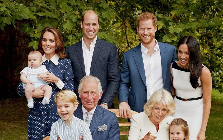 Zdaj je znano, zakaj se je kraljeva družina na fotografiji tako zelo smejala (foto: Profimedia)