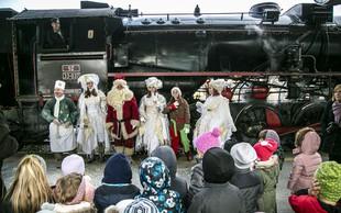 Decembrske praznične vožnje s slovenskimi vlaki in novi vozni red