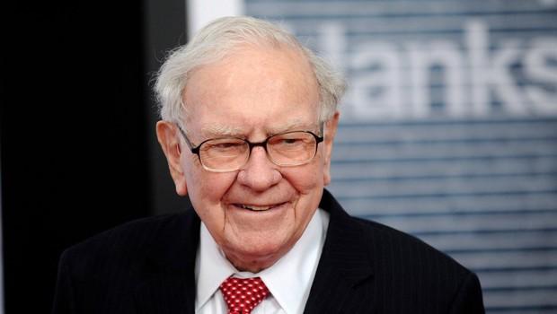 Warren Buffett lani v dobrodene namene nakazal kar 2,8 milijarde dolarjev! (foto: profimedia)