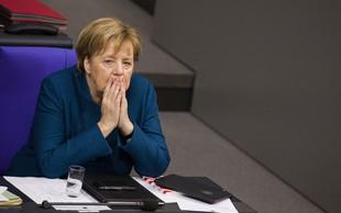 Merklova bo zamudila odprtje vrha G20, ker je njeno letalo moralo zasilno pristati