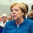 Angela Merkel sproščena soseda na letu v Buenos Aires