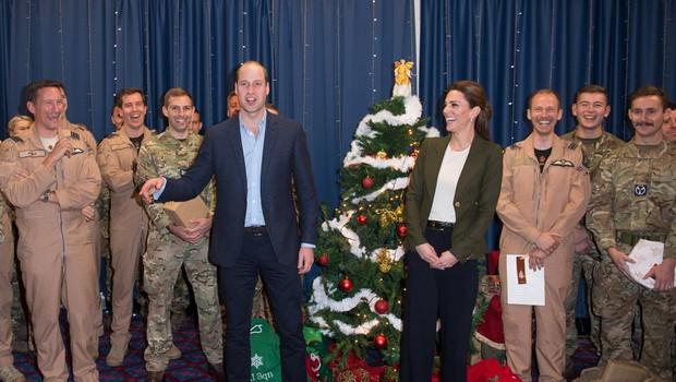 Princ William se je šalil na račun Kate Middleton in jo celo primerjal z božičnim drevescem (foto: Profimedia)