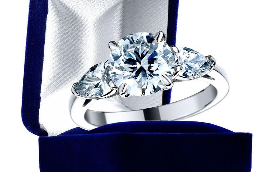 Zvezdniki pri nakitu ne varčujejo (foto: Profimedia)