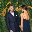 Victoria Beckham s hrbta odstranila tetovažo, ki je bila posvečena Davidu Beckhamu
