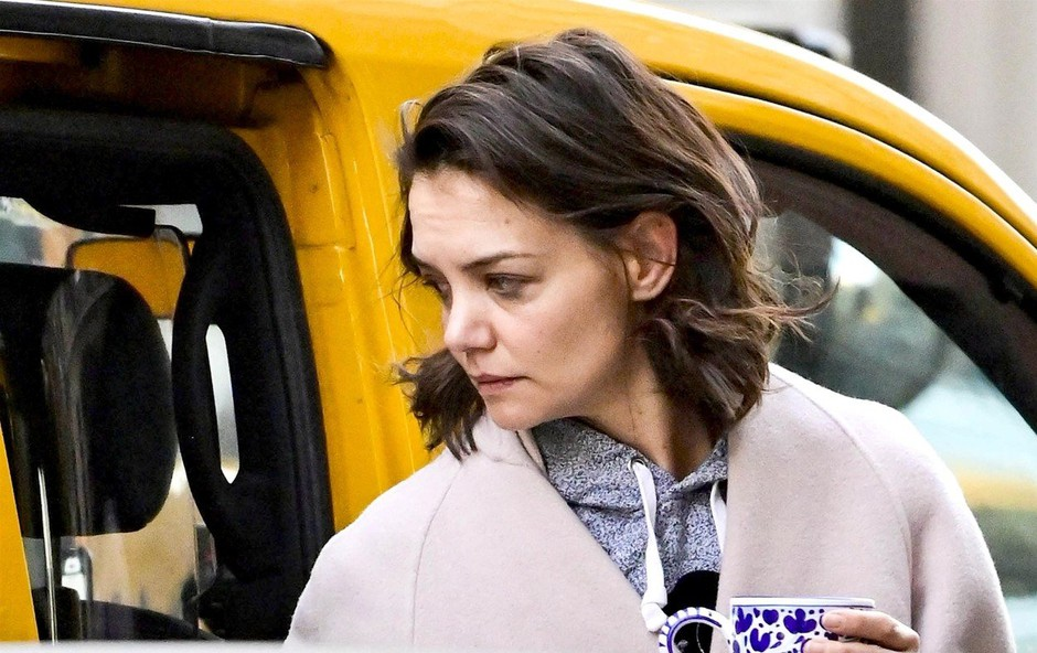 Katie Holmes pokazala izjemno utrujen obraz (foto: Profimedia)