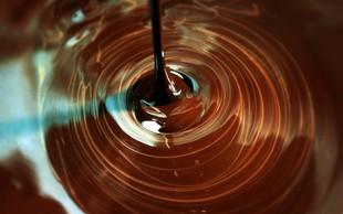 Preprost recept za domačo čokolado: Hitro do priljubljene sladice!