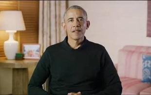 Barack Obama kot Božiček delil darila na pediatrični kliniki