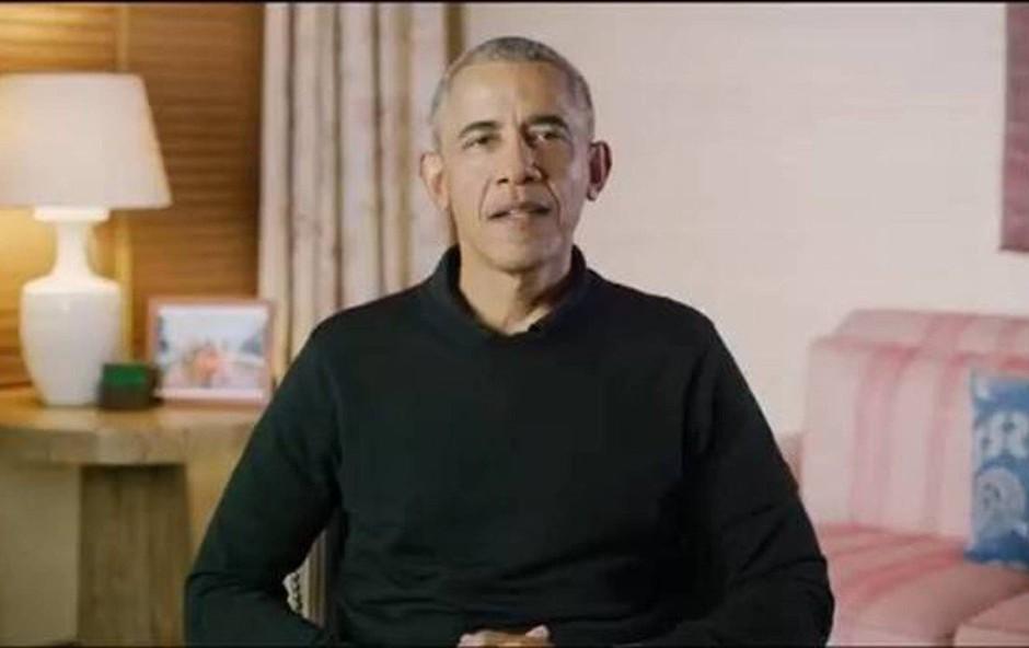 Barack Obama kot Božiček delil darila na pediatrični kliniki (foto: profimedia)