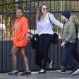 Angelina Jolie je zelo vitka - morda celo preveč?!