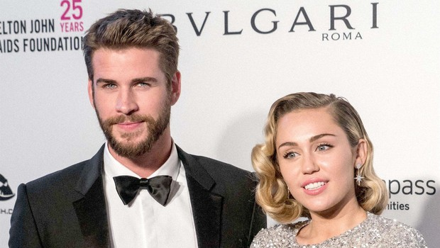 Ugibanj je konec: Miley Cyrus se je res poročila! (foto: Profimedia)