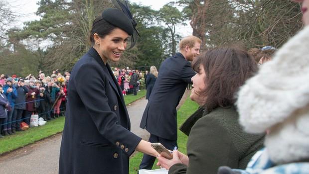 Kraljica Elizabeta navdušena nad Meghan Markle, zato ji je dala pomembno nalogo (foto: Profimedia)