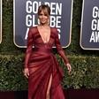 Halle Berry se ne stara: Po trebušnih mišicah zdaj pokazala še dekolte