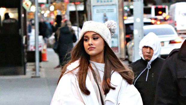 Ariana Grande razkrila, da se bori z boleznimi (foto: Profimedia)