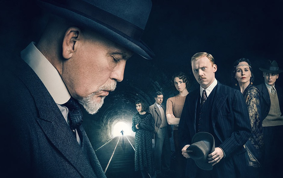 Agatha Christie & Umori po abecedi: Za morilcem ostane samo vozni red vlakov ... (foto: The ABC Murders Press)