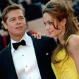 Brad Pitt uspel pozabiti na Angelino Jolie. Njegovo srce je ogrela Charlize Theron!