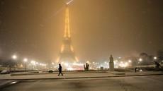 Eifflov stolp zaradi snega zaprt