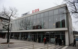 Peta izdaja Ment Ljubljana: 9 lokacij, 75 nastopajočih!