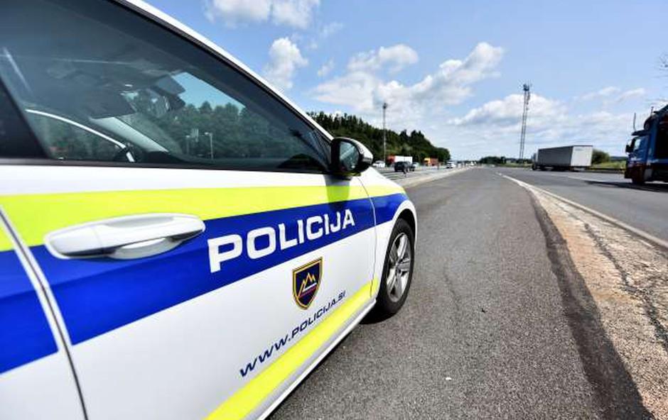 Alkoholiziran voznik napadel škofjeloškega policista (foto: Tamino Petelinšek/STA)
