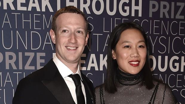 Facebook končno tudi za uporabnike, kar že leta lahko počne Zuckerberg (foto: profimedia)