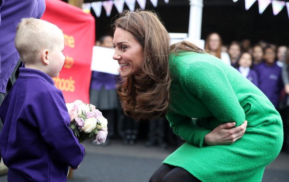 Zelena obleka Kate Middleton o kateri zdaj vsi govorijo (foto: Profimedia)