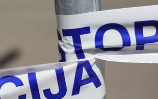 Paka pri Velenju: 25-letni voznik tovornjaka zapeljal z vozišča in umrl