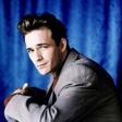 Za posledicami možganske kapi je umrl igralec Luke Perry