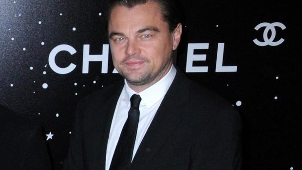 Leonardo DiCaprio & Tobey Maguire Igralca sta prvič sodelovala pri kakšnem projektu leta 2013, in sicer pri adaptaciji filma Veliki Gatsby. Srečala pa sta se že davno v 90. letih na eni od številnih avdicij. Leonardo v šali pravi, da je njuno prijateljstvo najdaljša zveza, v kateri je bil. (foto: PROFIMEDIA PROFIMEDIA, SPLASH - AKTIVNí)