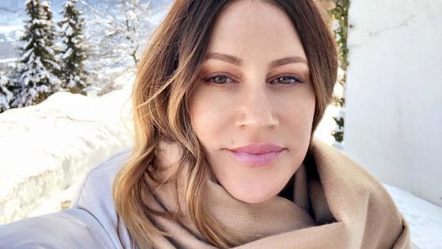 Simpatična glasbenica Hannah Mancini se je prepustila zimskim radostim (foto: osebni arhiv)