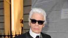 Umrl je legendarni modni oblikovalec Karl Lagerfeld