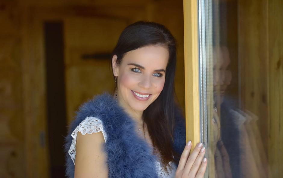 Lorella Flego uživa v zimski oazi (foto: ZEN)