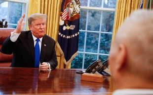 Donald Trump si je z neprostovoljno vlogo v filmu prislužil zlato malino