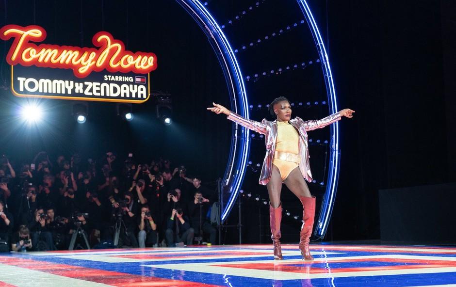Grace Jones s svojo postavo in nastopom navdušila na modni brvi! (foto: Profimedia)