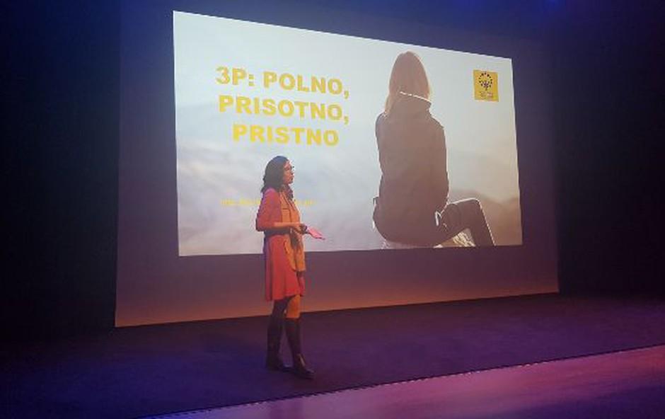 """Maja Bajt na ciklusu Pozitivne psihologije: """"Sprejmimo se!"""" (foto: Cankarjev dom Press)"""