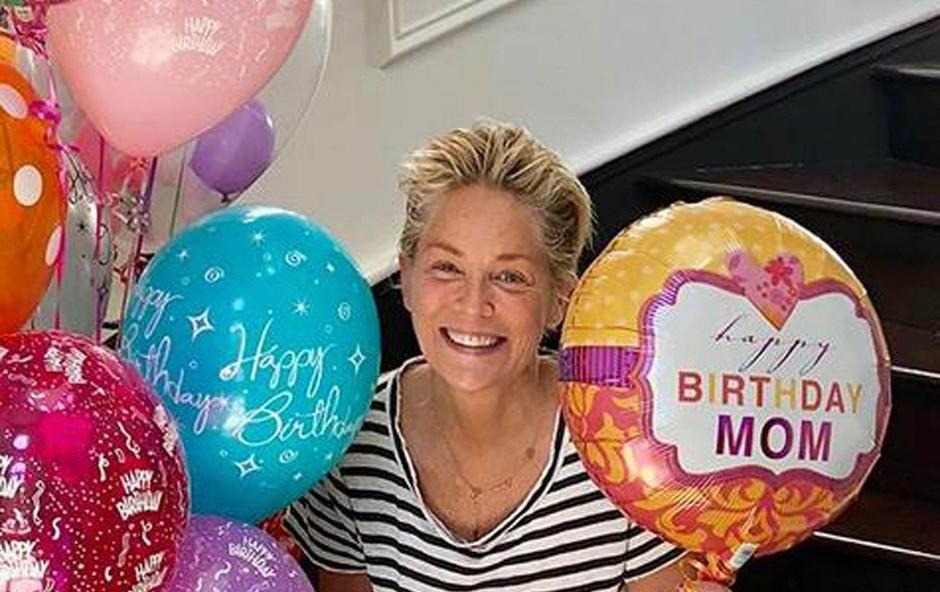 Sharon Stone proslavila 61. rojstni dan: Leta ji ne pridejo do živega! (foto: Profimedia)