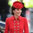 Kate Middleton naj bi bila še četrtič noseča