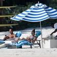 Jennifer Lopez se požvižga na govorice: Z zaročencem uživa na Bahamih!
