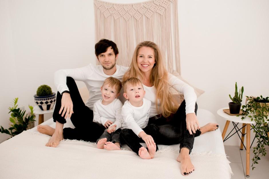 Hajdi s svojimi fanti: Urbanom, Dantejem in Evanom. (foto: Foto: Ana Ravnak)