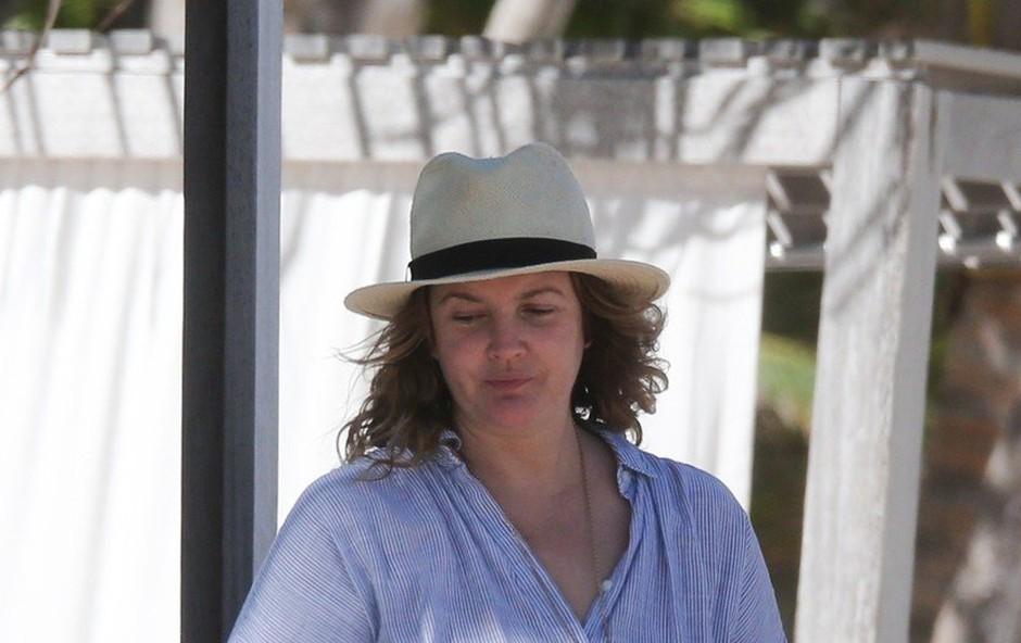 Drew Barrymore je pokazala, kako je videti povsem brez ličil (foto: Profimedia)