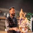 Kuharski mojster Bine Volčič poka od ponosa, pokazal je svoj največji zaklad, svoja otroka
