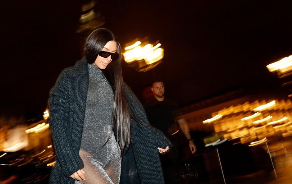 Kim Kardashian z neokusno modno kombinacijo razočarala oboževalce (foto: Profimedia)