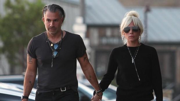 Na dan prišel pravi razlog konca razmerja Lady Gage in zaročenca Christiana Carina (foto: Profimedia)