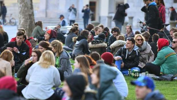 Ljubljana: Na Kongresnem trgu tradicionalni Marihuana marš (foto: STA/Tamino Petelinšek)