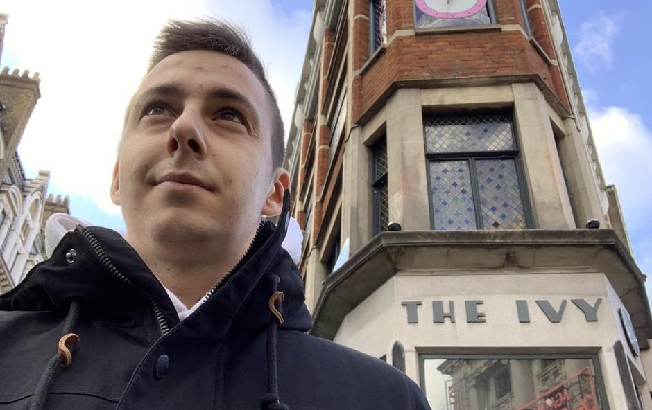 Prestižna restavracija The Ivy v središču Londona je Jakov kulinarični imperij, kjer ob intenzivnem delu pogumno črpa sveže kuharsko znanje. (foto: Osebni Arhiv)