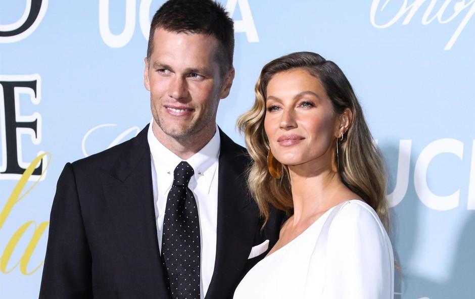 Spet srečna Tom je priznal, da  sta imela z Gisele  zakonsko krizo, ki pa  ju je le še bolj zbližala  in okrepila njuno  razmerje. (foto: Profimedia Profimedia, Backgrid Usa)
