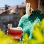 V ljubljanske Križanke prihaja Brina, ljubljanski festival džina (foto: Brina Festival Press)